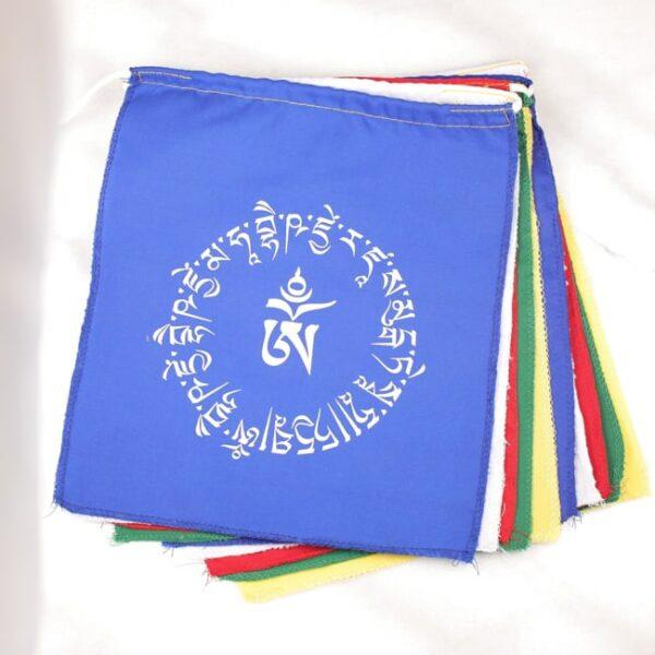 Bandera tibetana om y buda medicinal 1 Humos.cl — Humos.cl