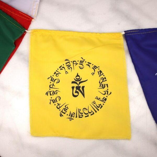 Bandera tibetana om y buda medicinal 5 Humos.cl — Humos.cl